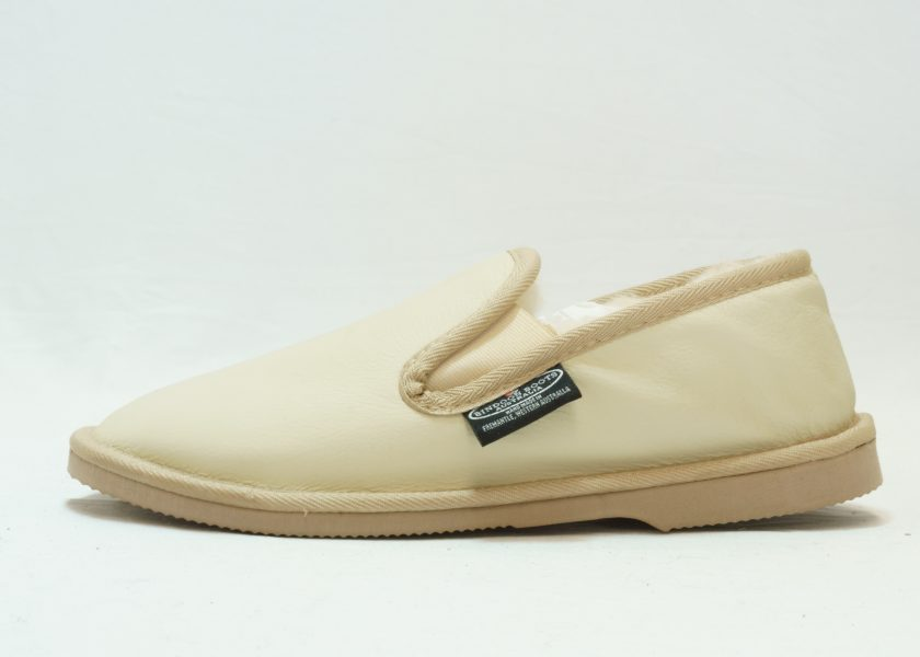 Bone leather covered Loafer